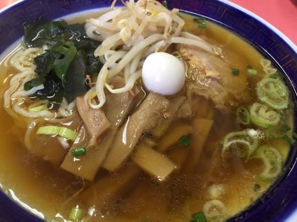 中華料理「寳華園」のラーメン+半チャーハンセットのラーメンです