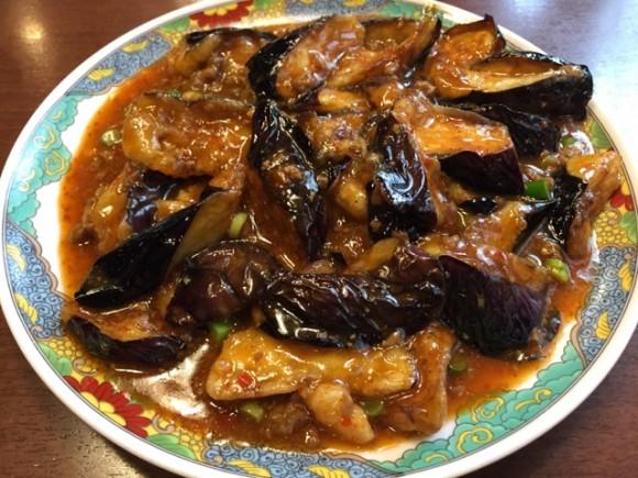 羽根付きギョーザで有名なニーハオ 恵馨閣の麻婆茄子はおススメです