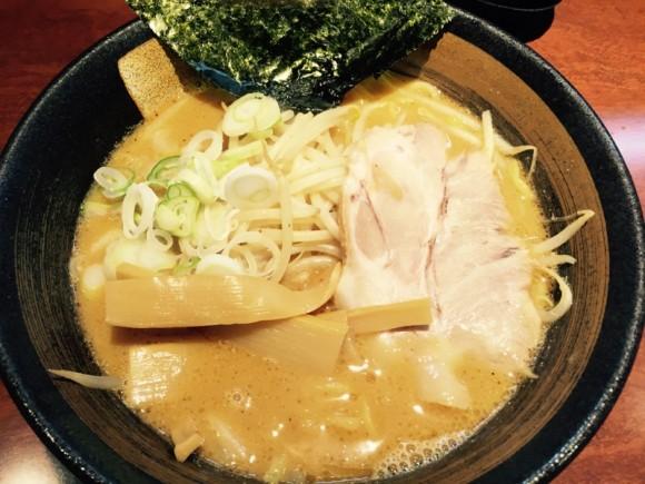 北海道らーめん「楓 京急蒲田店」の味噌ラーメンです