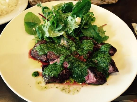 蒲田西口にあるイタリア料理で有名な「ゴンドレッタ(gondoletta)」の「牛ハラミのグリル」ランチです