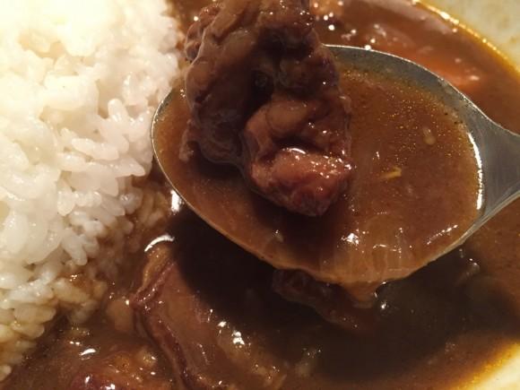 蒲田「牛吟(ぎゅうぎん)」のカレーランチの牛肉もとっても柔らかいです