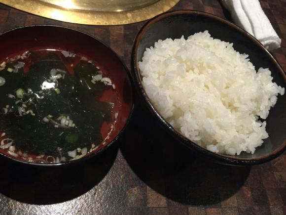 「炭火焼肉食道園 蒲田西口店」のランチ のライスは大盛りです