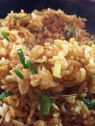 蒲田西口バーボンロードの路地裏にある「KAN★KAN(カンカン)」の「ドライカレー」は美味しいです