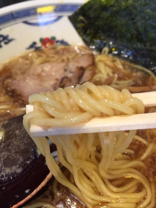 武蔵新田にある「らーめん 八快」のラーメンの麺です