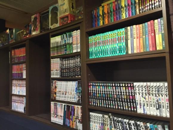 蒲田南口にあるカレー専門店「蒲田南口カレー店」は漫画やコミックが読み放題です