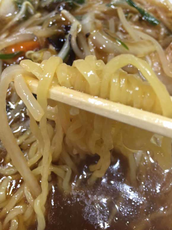 元祖中華つけ麺大王のもやしラーメンの麺